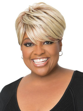 Color 3T/4/613 | Smooth & Chic by Sherri Shepherd