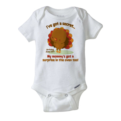 I've Got A Secret, Mommy's Got a Surprise In the Oven Too, Thanksgiving Pregnancy Announcement short or long sleeve 11122015a