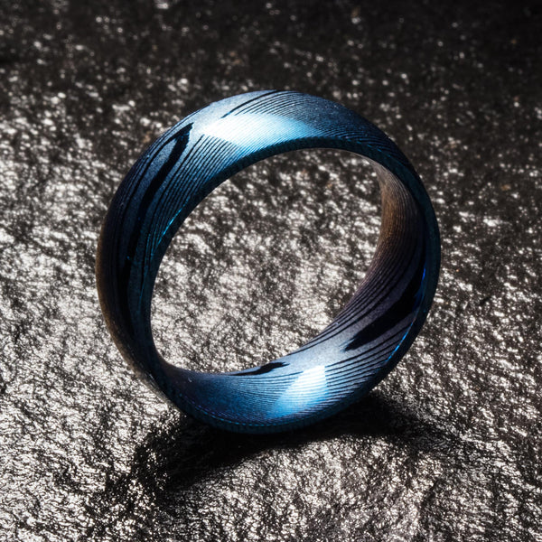 Wood Grain Damascus Steel Ring - Cobalt Blue Minimalist