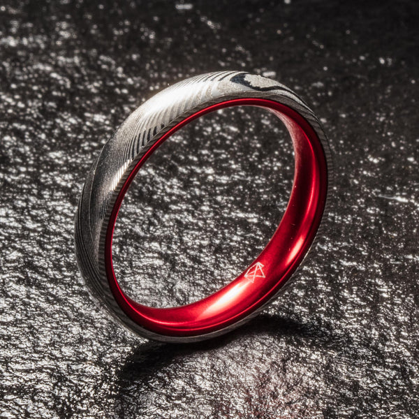 Wood Grain Damascus Steel Ring - Resilient Red - 4MM