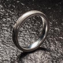 Load image into Gallery viewer, Wood Grain Damascus Steel Ring - Sterling Silver - 4MM