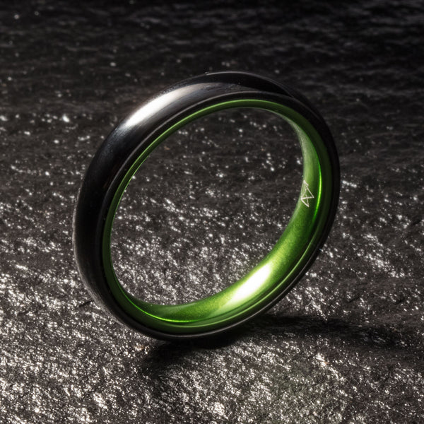 Black Ceramic Ring - Resilient Green - 4MM