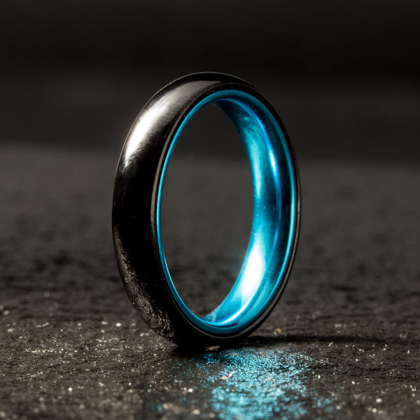 Black Ceramic Ring - Women's