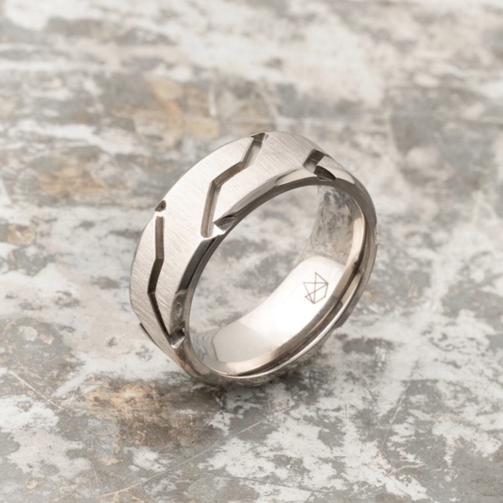 Titanium Ring - Silver Striker