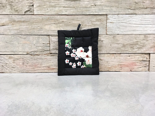 Floral Hotpad (Black Flower)