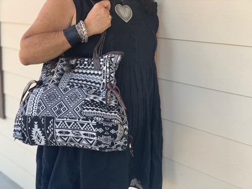Shoulder bag - Black & White MIX