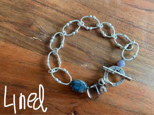 Bracelet - silver links with labradorite