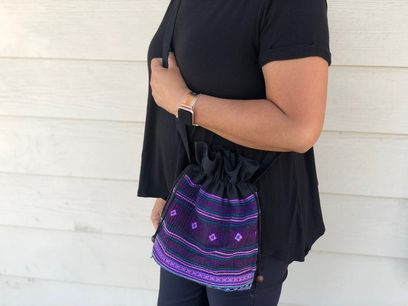 Bucket crossbody accordion bag