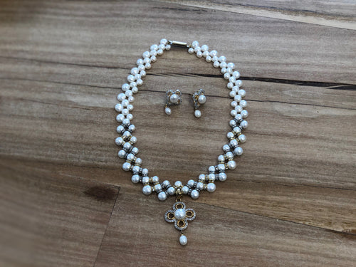 Necklace - Pearls, brass & rhinestone