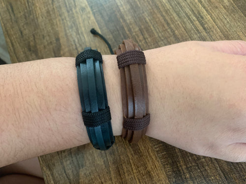 Leather bracelet adjustable - stacked