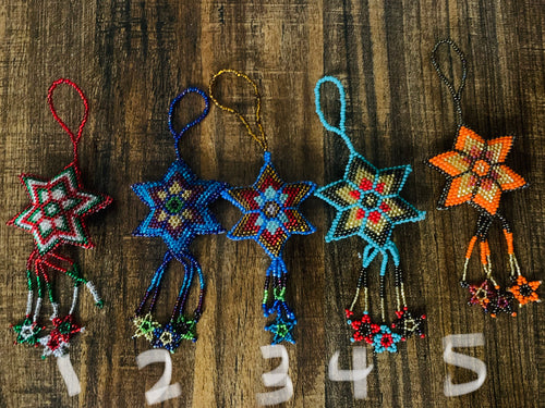 Beaded ornament - star sm - colors