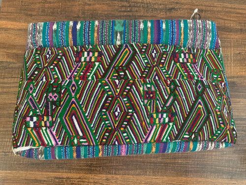 Woven & Wipil clutch