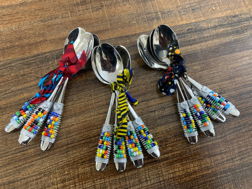 Bead & Wire teaspoons with banana bark box