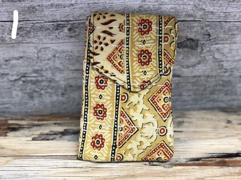 Kantha cellphone pouch