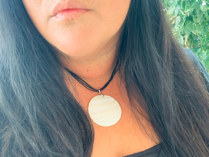 Necklace - Donax Serra Mother of Pearl