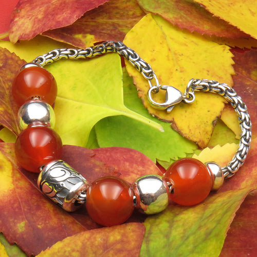 Carnelian for Autumn bead bracelet