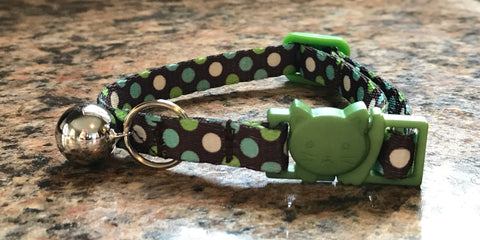 Breakaway Polka Dots Cat Collar, Green