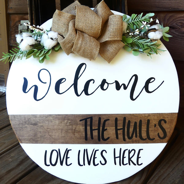 Personalized Welcome Door Hanger