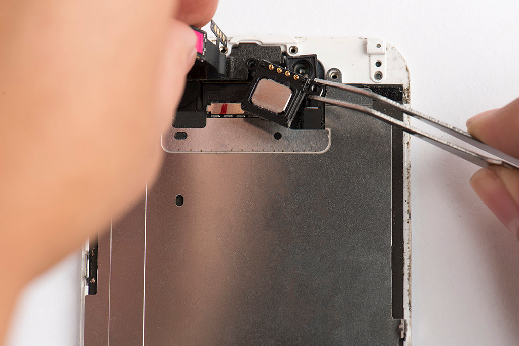 Use tweezers to remove speaker