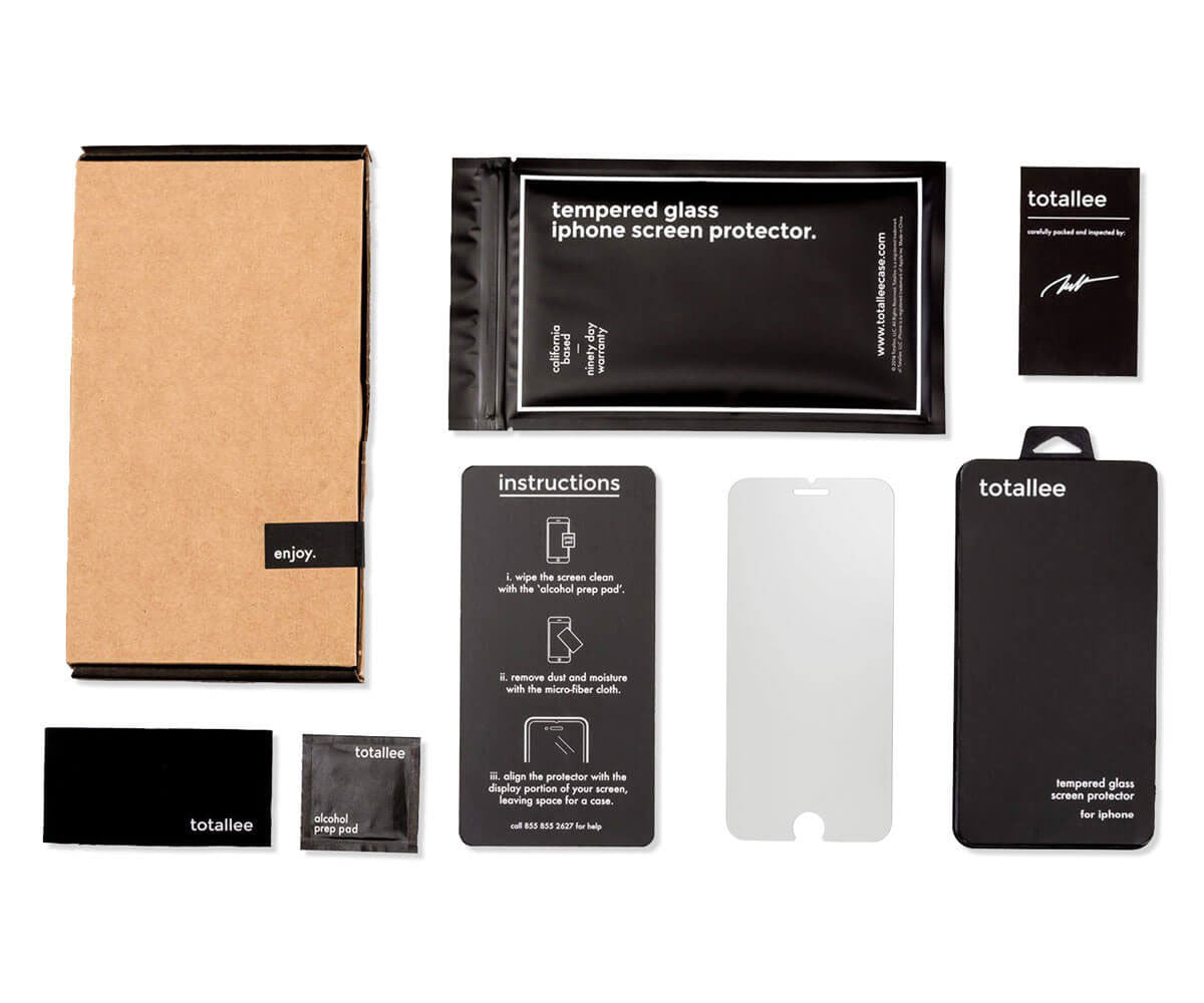 totallee iPhone 7 plus screen protector packaging and installation kit