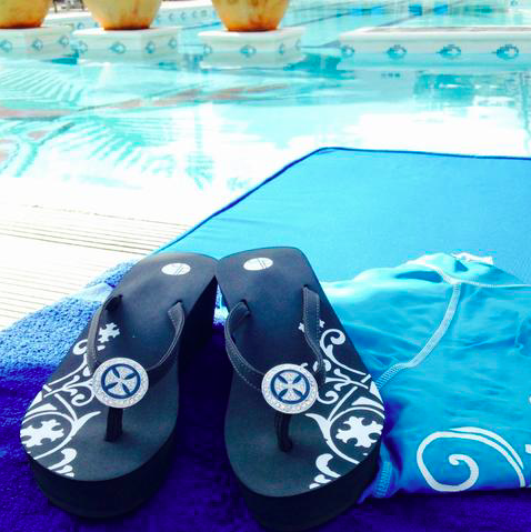 3 Benefits of Wearing Platform Flip Flops for Weddings or Everyday