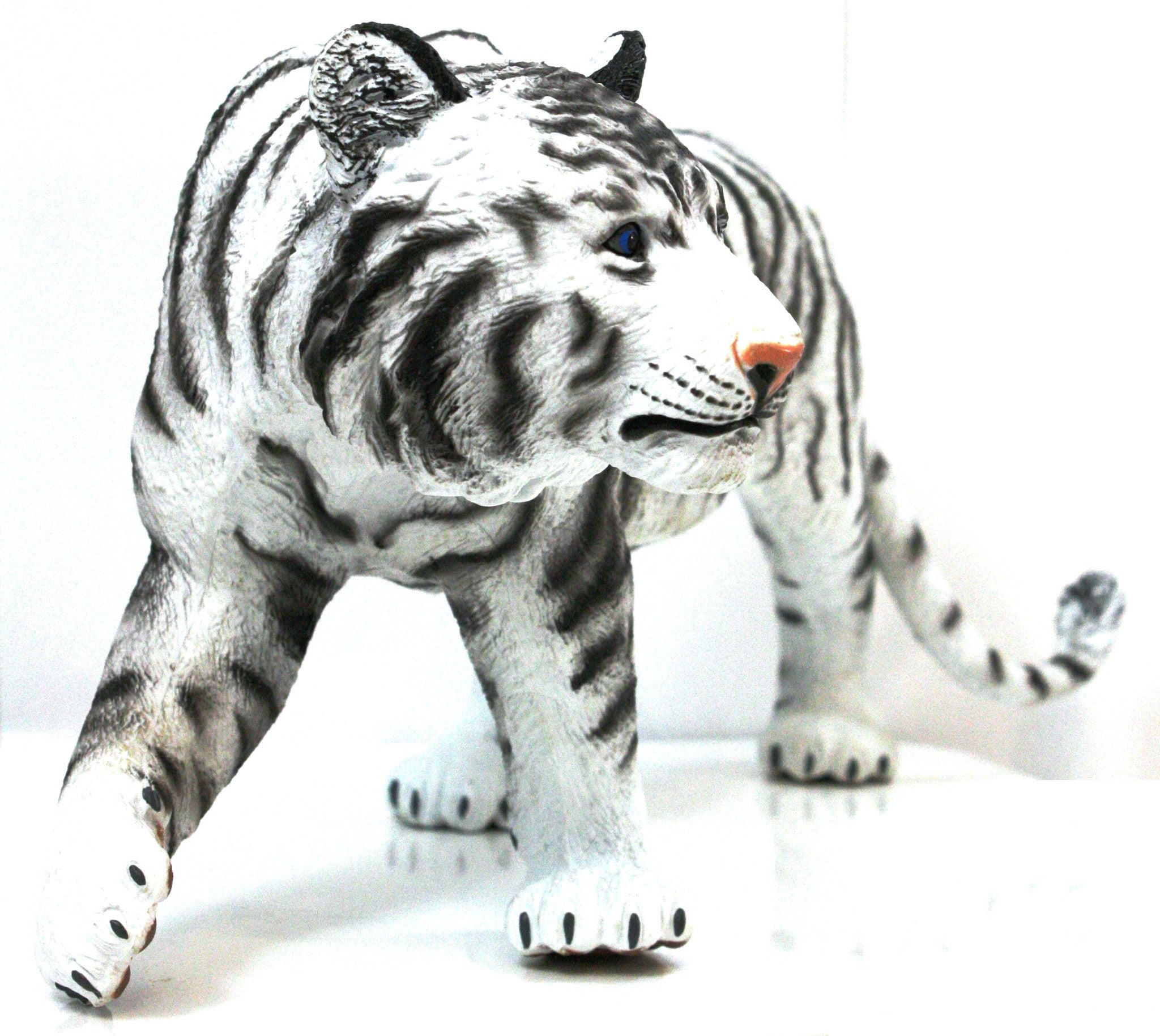 16 inch Realistic Rubber Animal Replica - White Tiger - Off The Wall Toys and Gifts