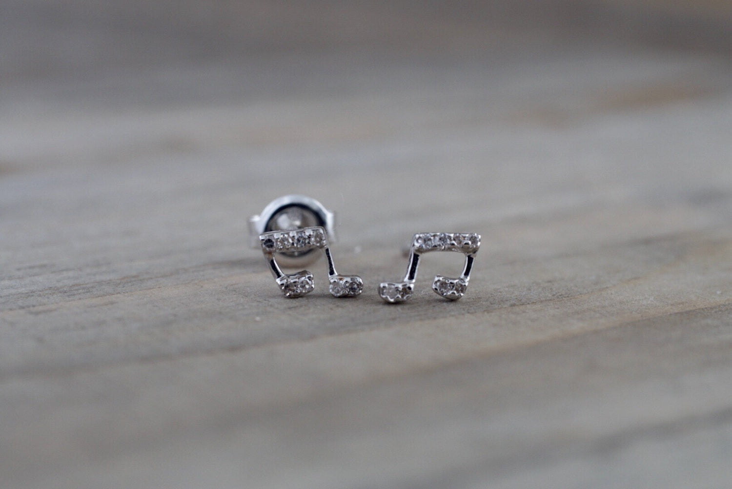14k White Gold Music Note Earring Studs Stud Band