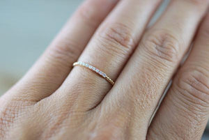 14kt Gold Dainty Diamond Bead Band Ring RR010007