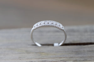 18kt White Gold Diamond Vintage Classic Pave and Single Prong Band Ring Wedding