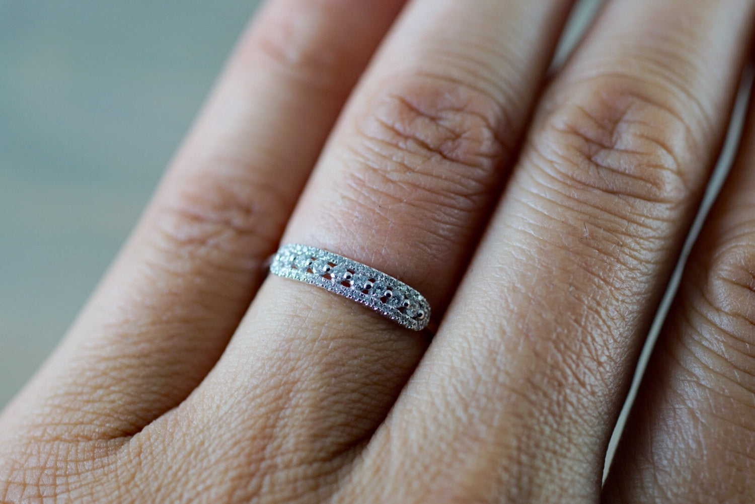 18k Rose Gold Diamond Vintage Classic Pave and Single Prong Band Ring Wedding