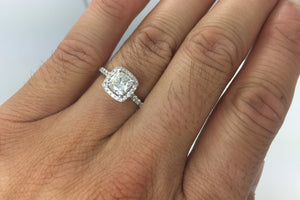 18k White Gold Cushion Moissanite Diamond Halo Engagement Promise Ring