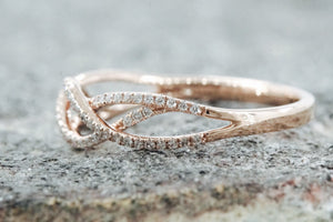 18k Rose Gold Diamond Infinity Intertwined Band Promise Ring