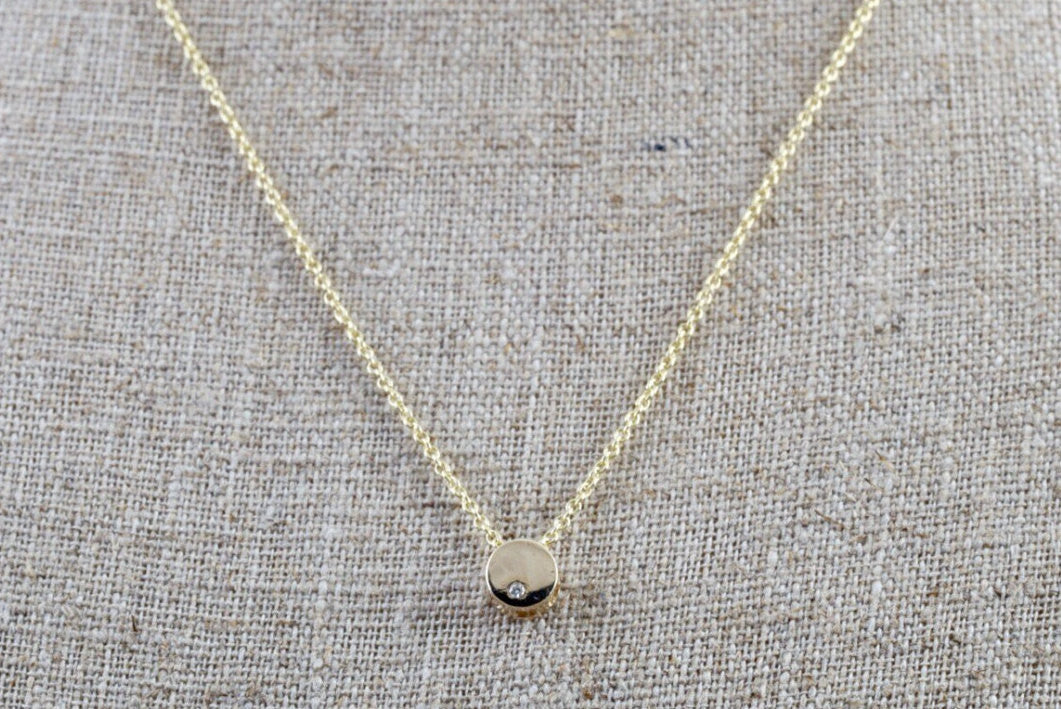 14k Yellow Gold Tiny Circle Diamond Stud Pendant