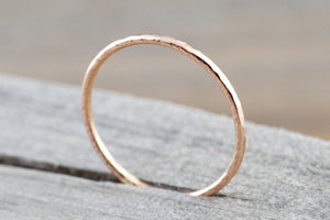 14k Solid Rose Gold Thin Hammered Dainty Polish Band Promise Anniversary Fashion Ring 0.9mm - Brilliant Facets