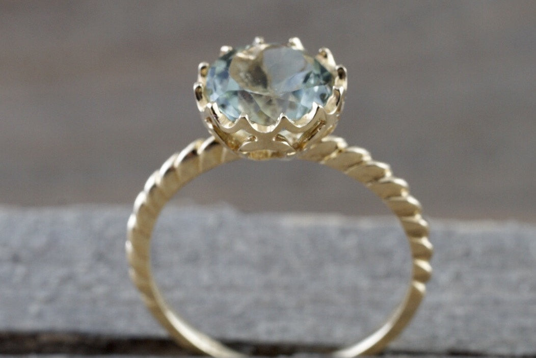 14k Yellow Gold 8mm Round Green Amethyst Engagement Ring Crown Vintage Design Rope Classic