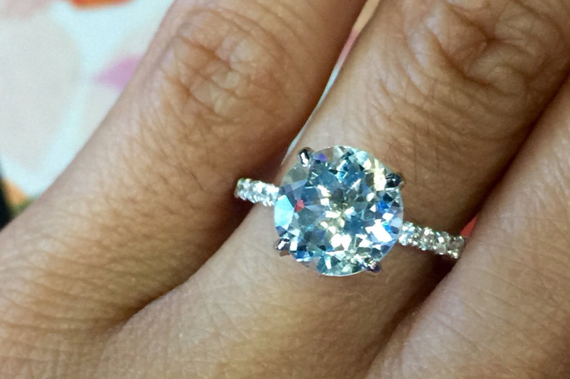 18k White Gold Diamond Solitaire Brilliant Cut Aquamarine Engagement Ring