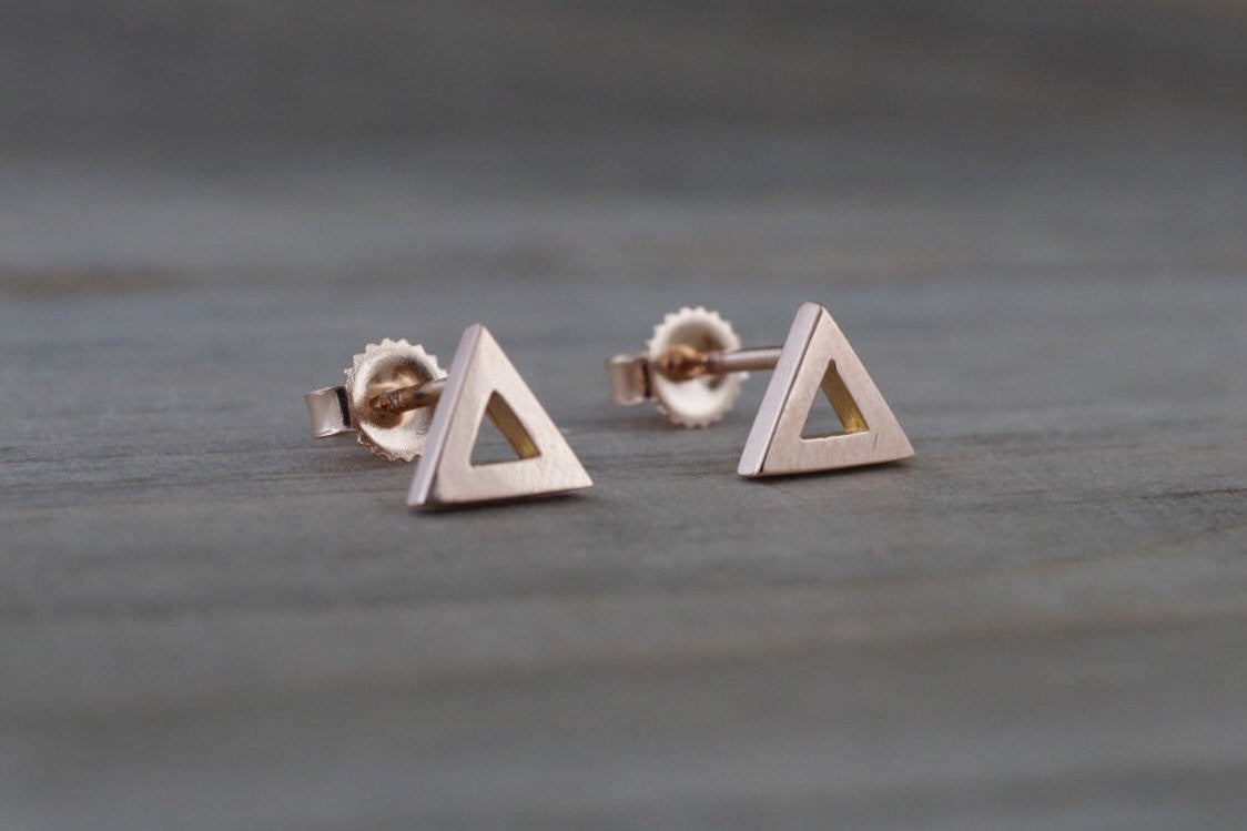 14k Rose or Yellow Gold Pyramid Triangle Stud Earring Studs Open - Brilliant Facets