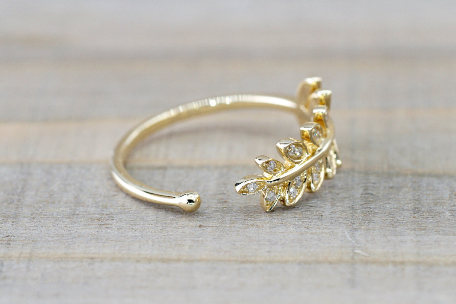 14kt Yellow Gold Diamond Leaf Petal Vine Ring