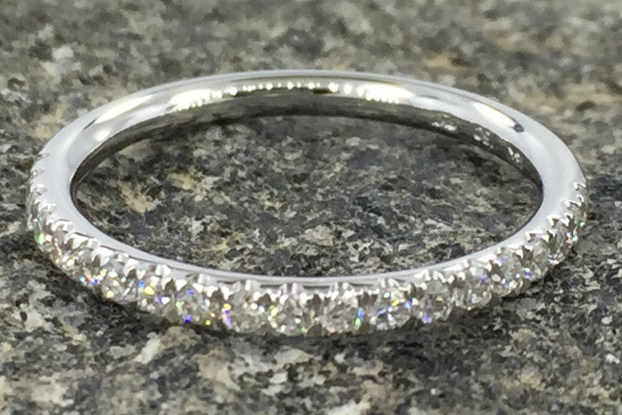 18k White Gold Dainty Thin Diamond Engagement Band Brilliant Cut