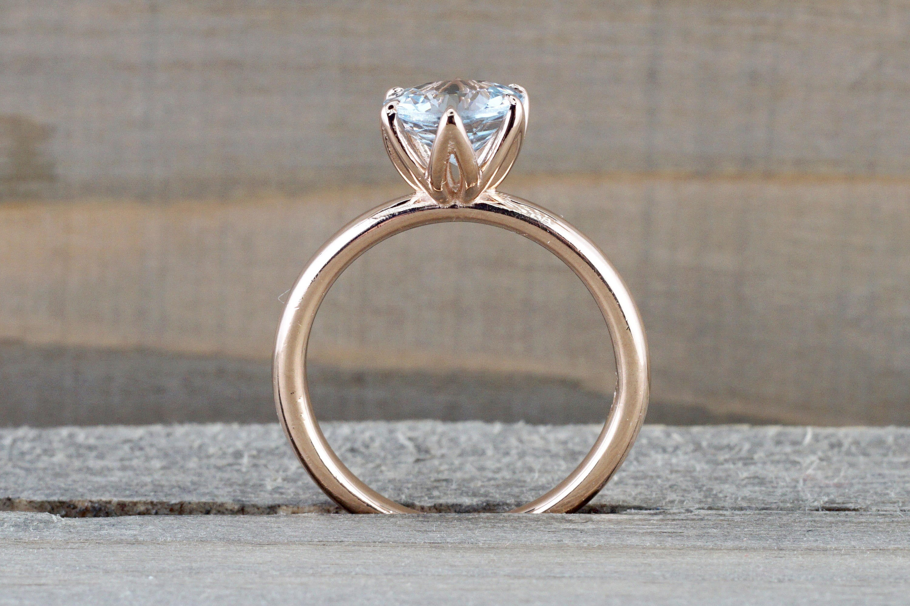 band rings set a on gold engagement ring white pin tapered prong solitaire