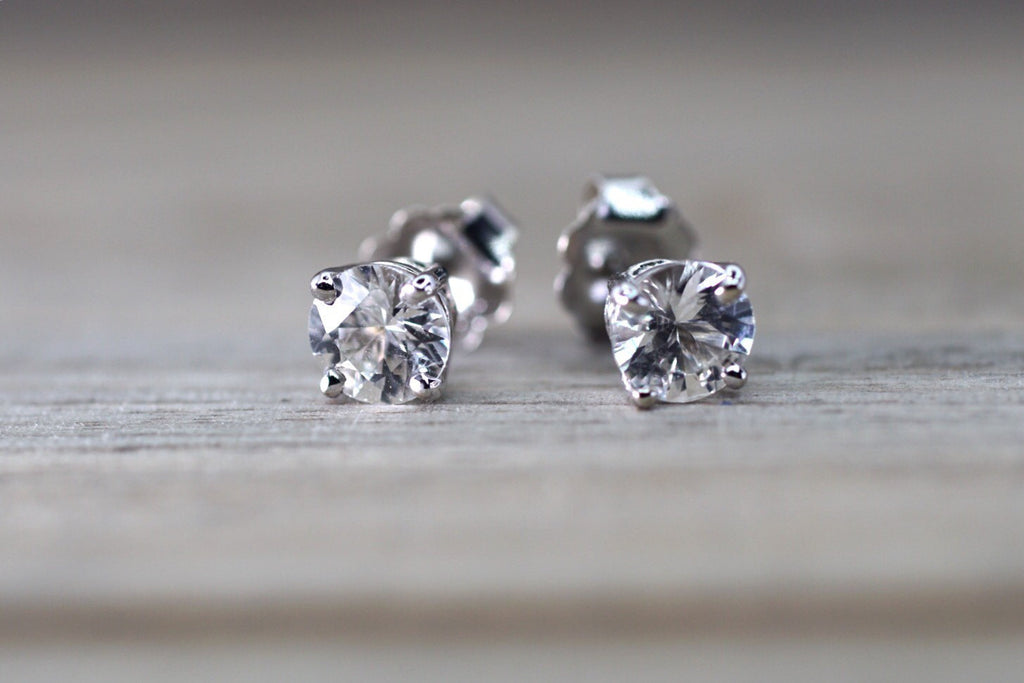 14kt White Gold White Sapphire AAA 0.80ct  total Earring Studs Post Classic Stud