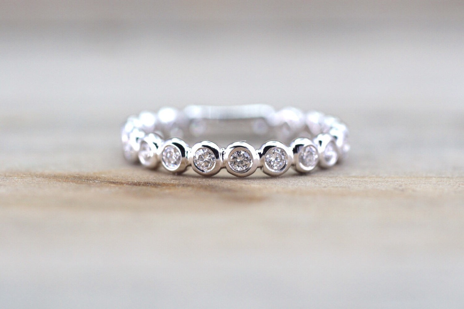 18kt White Gold Round Diamond Eternity Band Smooth Wedding Engagement Ring Love Promise Bezel Stack