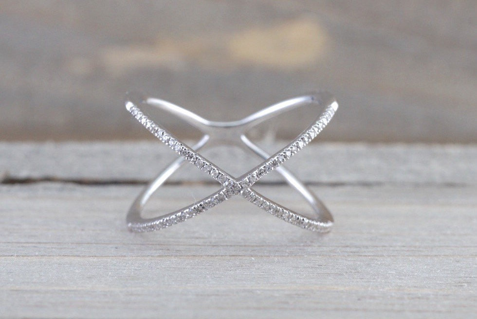 X Cross 14k White Gold Diamond Adjustable Love Promise Ring Band Shaped Large Fashion 0.15 carats