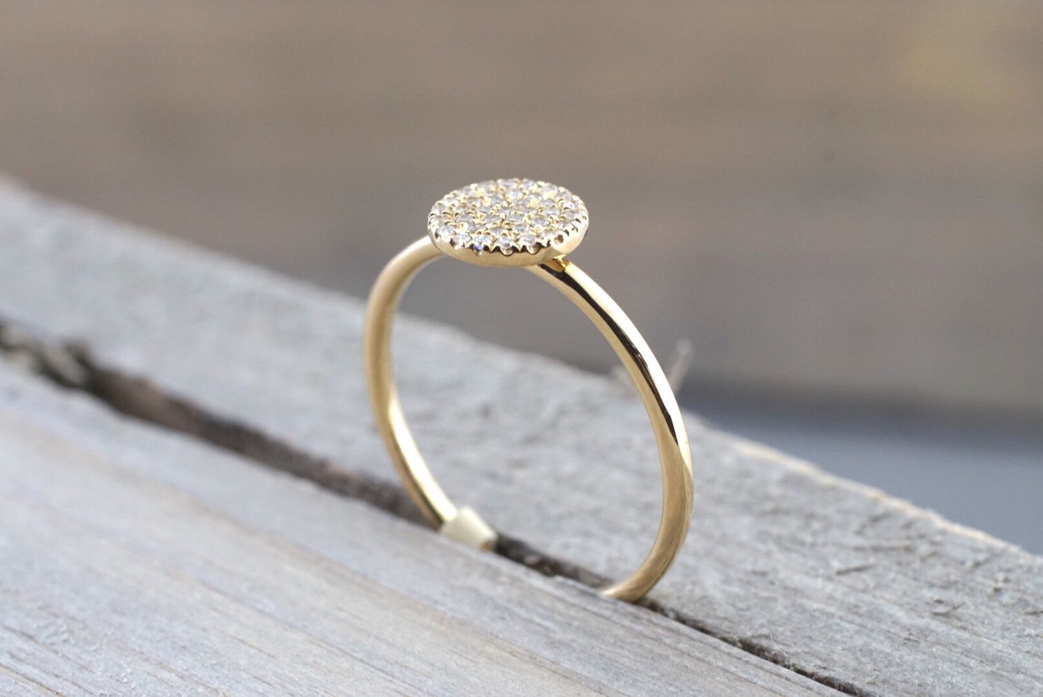 14k Solid Yellow Gold Disk Diamond Pave Circle Round Diamond Ring Engagement Wedding - Brilliant Facets