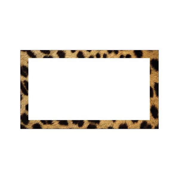 Cheetah print place cards.