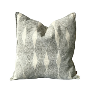 Diamond Pattern Textured Throw Pillow