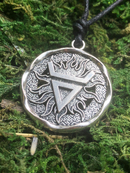 Veles Amulet Pendant Necklace