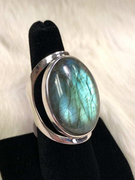 Sterling Silver Moon Style Labradorite Ring