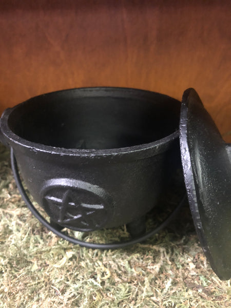 "5"" Cast Iron Cauldron with Lid and Pentacle"