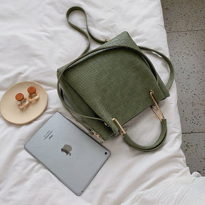 Earthy Tones - Lady Handbags